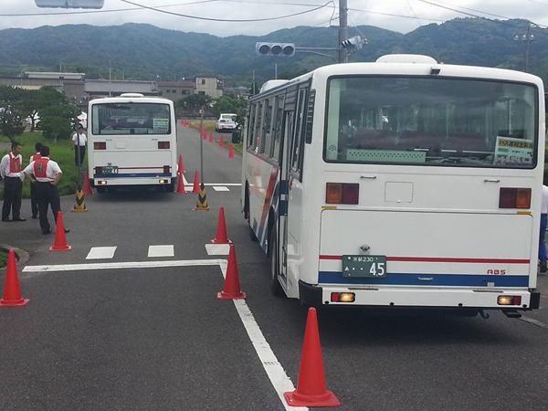 大型バス運転体験会①