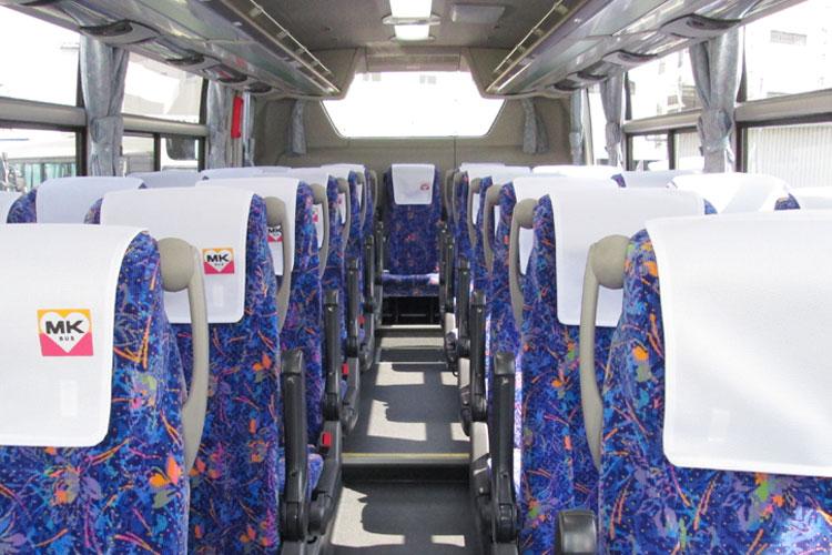 27名乗り(正席27・補助席なし)